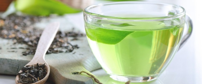 Green Tea leaves and beverage
